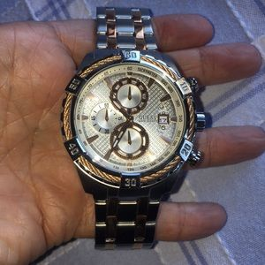 NEW- Guess Mens Chronograh Watch- Steel Case